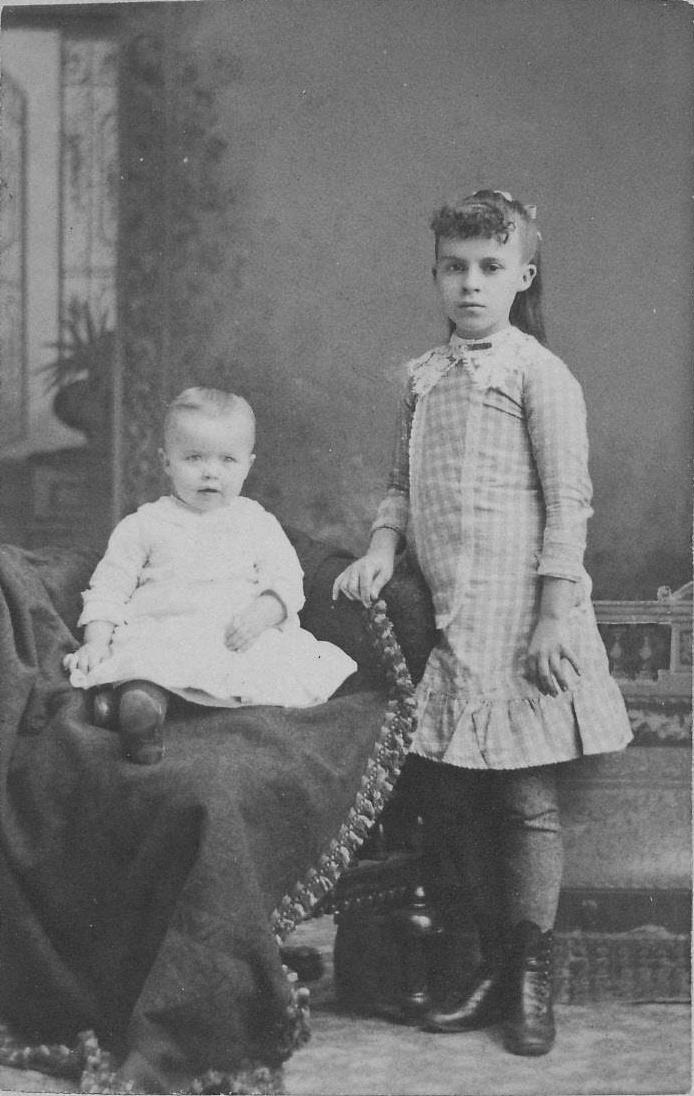 Eva Marie Pearl and Reuben Everett Pearl, ca 1886.